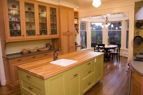 Warm Contemporary Kitchen in Seattle
