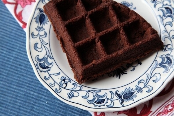 Hack #96: Use your waffle iron to make waffle brownies