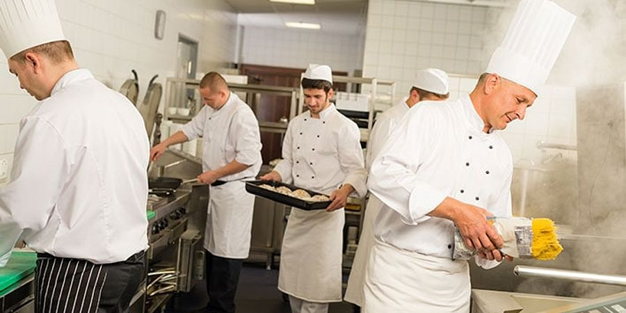Too Many Chefs in the Kitchen? How to Make Sure Your Kitchen Runs Smoothly