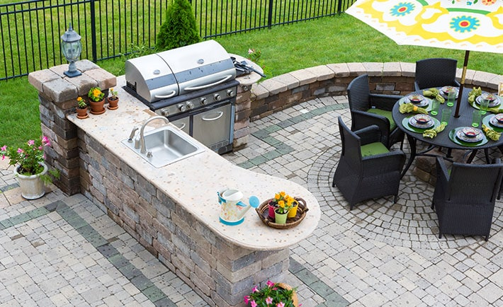 Outdoor Kitchen Designs and Ideas - 10 Beautiful Backyard ... on small backyard ideas deck, small room ideas with kitchen, small remodel with kitchen,