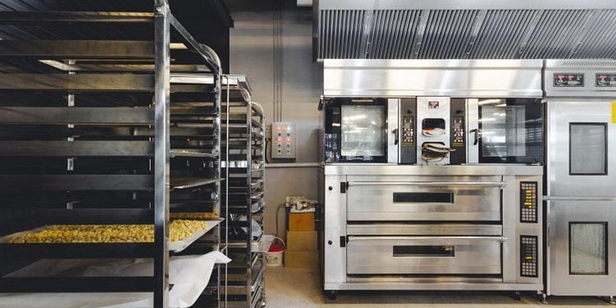 Outfit Your Kitchen: Understanding the Different Types of Commercial Ovens