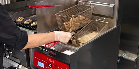 What Size Commercial Fryer Does Your Kitchen Need?