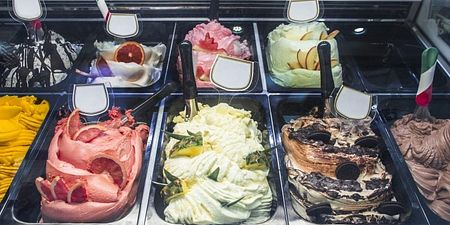 What to Look for When Buying Gelato Dipping Cabinets for a Business